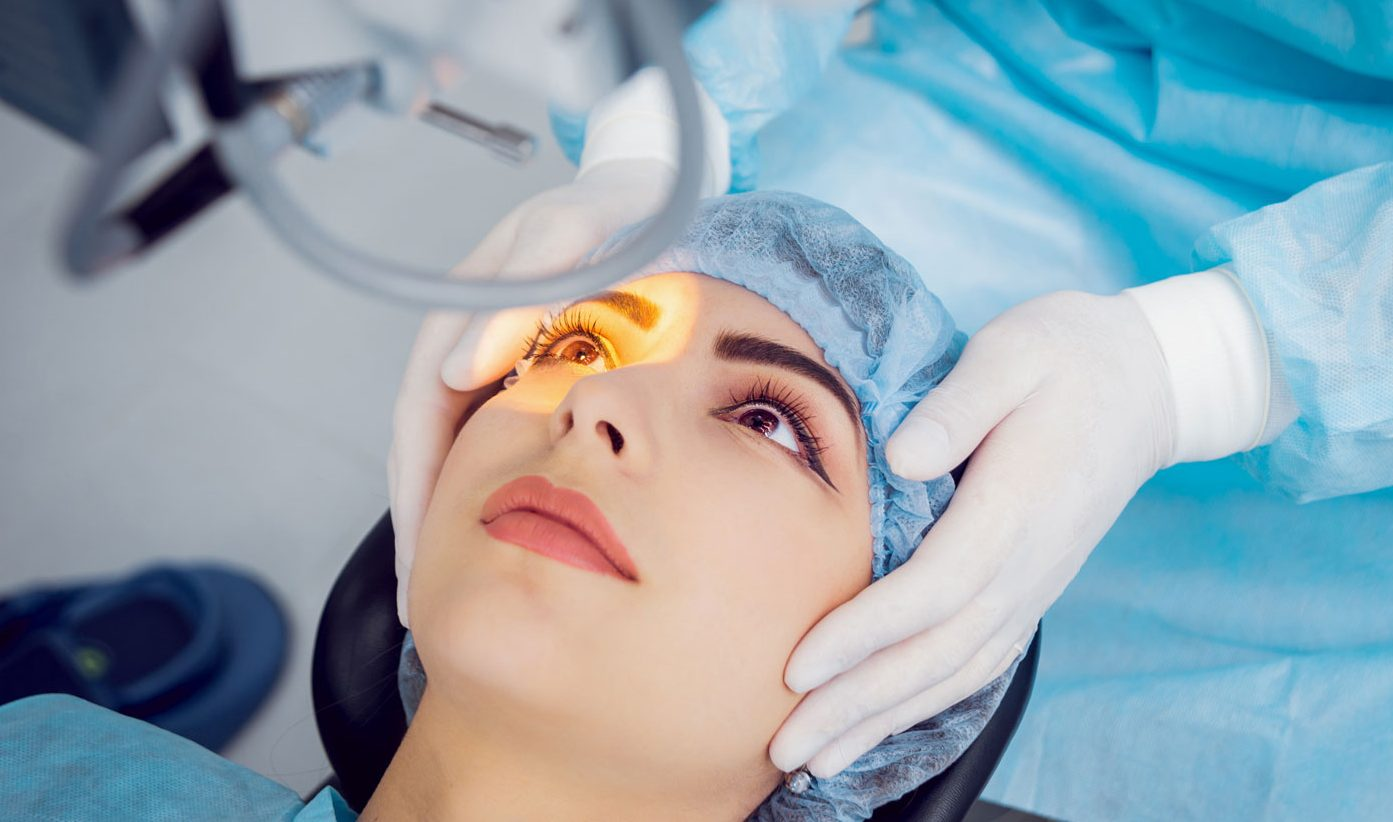 Cataract Surgery Cost in Singapore – Bladeless or Manual? - Dr Claudine Pang
